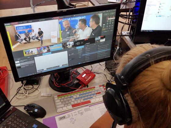Auch dieses Jahr übertragen wir den fhd-Online-Kongress wieder live und ungeschnitten ins Internet!